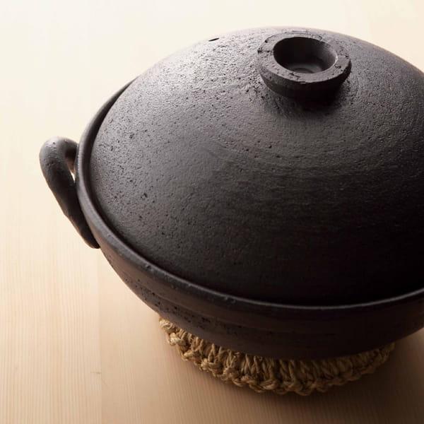 萬古焼 黒釉9号鍋(ブラック)