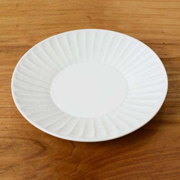 一真陶苑 / 波佐見焼 竹林彫 8寸皿