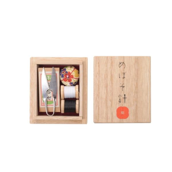 目細八郎兵衛商店の小さな裁縫セット