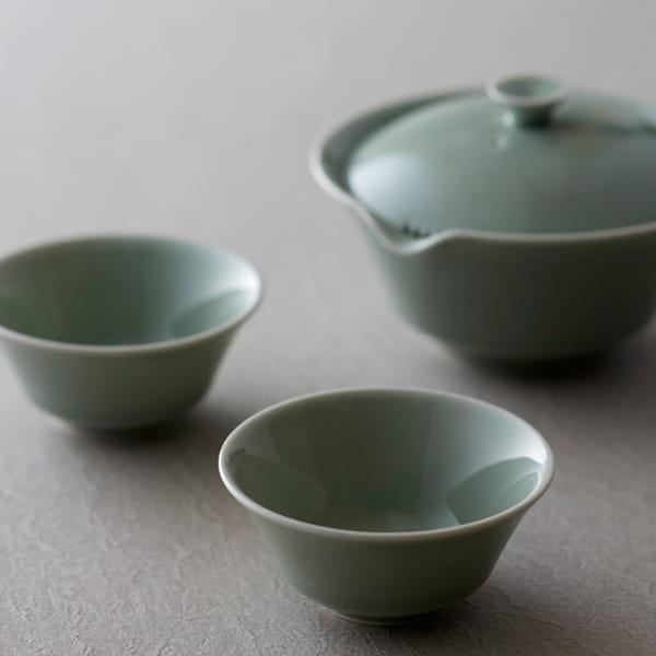 WDH / 宝瓶、湯呑み(青磁/2個セット)