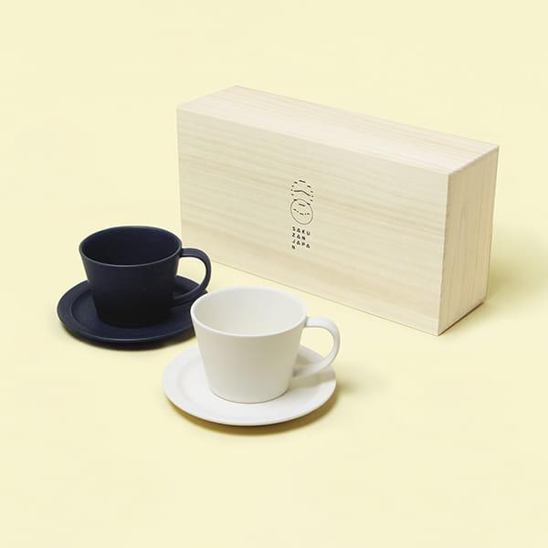 作山窯 / Sara Coffee Cup & Saucer カップ&ソーサー ペア 木箱入り(Cream、Navy)