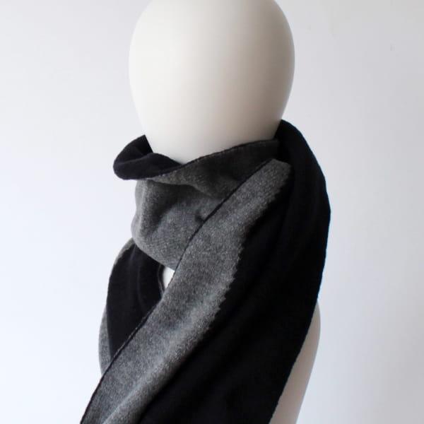 % / スカーフ (Black50%Gray50%)