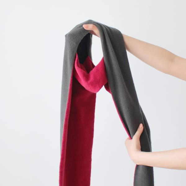 % / スカーフ (Red50%Darkgray50%)