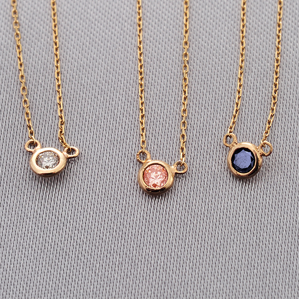 MANISTA / Lip(リップ)K10ダイヤモンドネックレス Tiny Initial Black Diamond